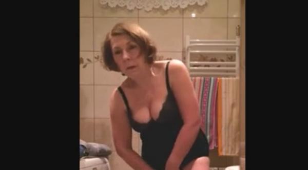 Zuhanyzó pornó fotó