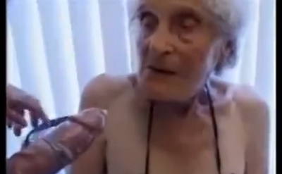 ingyenes durva pisilés pornó